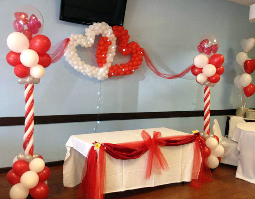 Bay Area Balloon - Columns and Linked Hearts