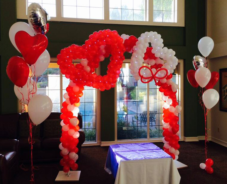 Bay Area Balloon - Hearts Sculpture Arch